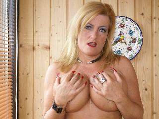Livesex mit Sheilagirl auf Camseite.com
