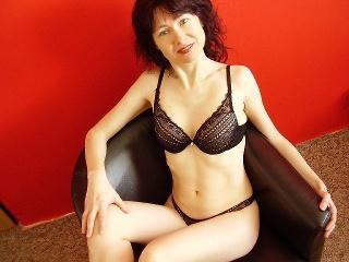 Livesex mit LadySimone auf Camseite.com
