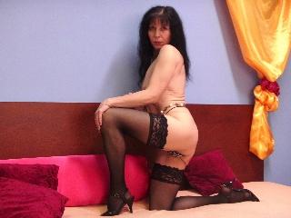Livesex mit Sylvana auf Camseite.com