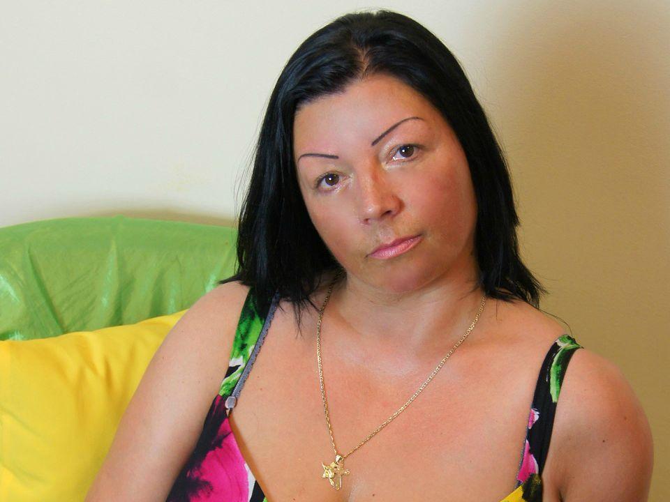 Livesex mit SabinaLovely auf Camseite.com